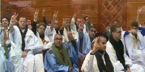 Photo of الأسرى المدنيون الصحراويون ضمن مجموعة أگديم إزيك بسجون الاحتلال يشرعون في خوض إضراب إنذاري عن الطعام