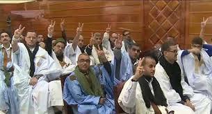 Photo of المعتقلون السياسيون الصحراويون يضربون إنذاريا عن الطعام تضامنا مع رفيقهم احمد البشير أحمد السباعي